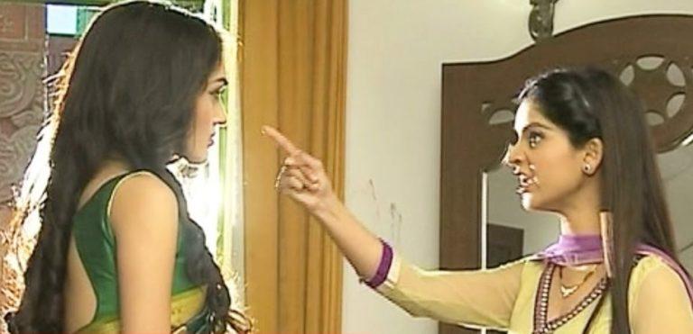Vidya's open challenge to Meera in Saath Nibhana Saathiya!