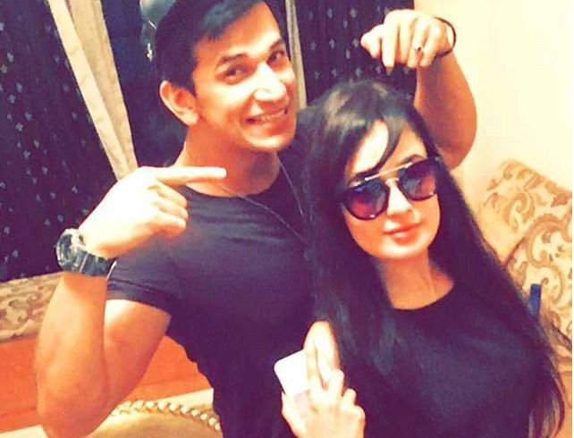 Prince Narula and Yuvika Chaudhary make it OFFICIAL!