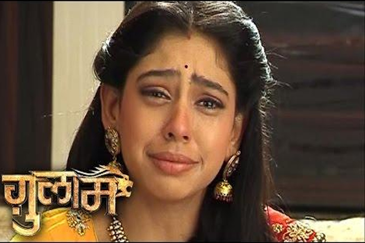 OMG! Shivani to have a 'death-defying' FALL from mid-air in 'Ghulaam'..!
