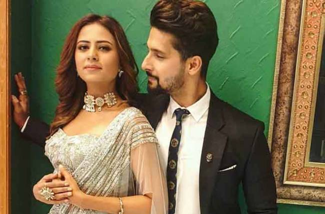 Find out WHY Sargun Mehta is EXCITED for hubby Ravi Dubey