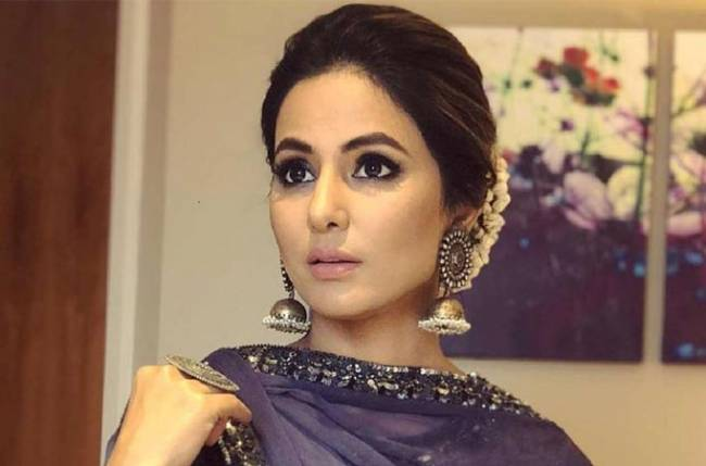 Hina Khan Goes Blind For Her Next, A Indo-Hollywood Film!