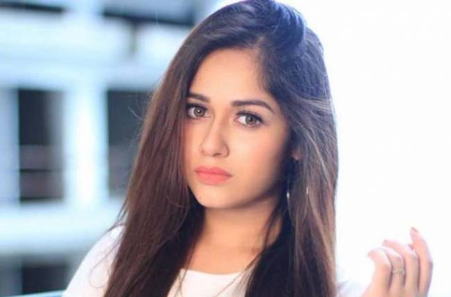 Here's how Jannat Zubair is COPING UP with the CHILL of winters…