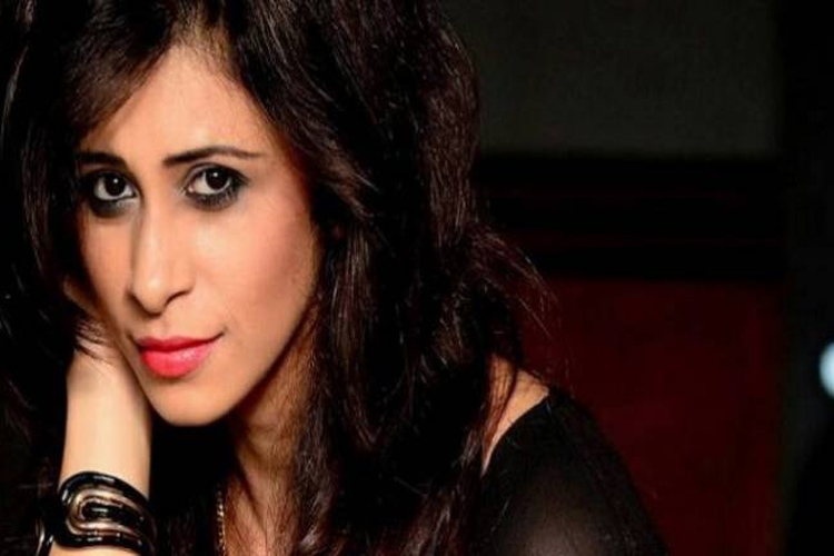 When Kishwer Merchant TEASED an on-going controversy in style..!