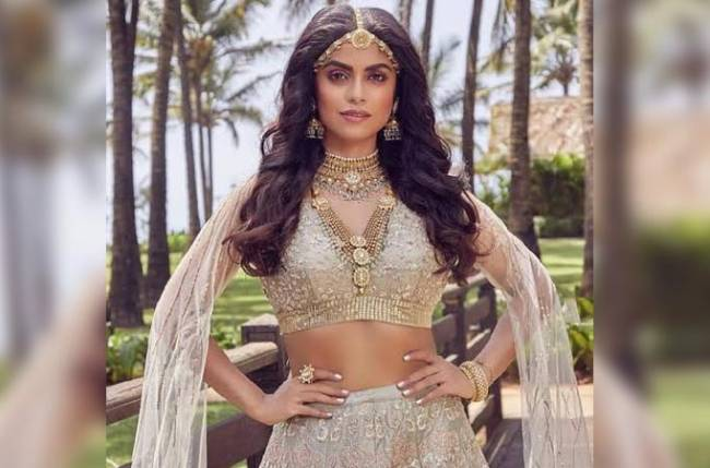 Sayantani Ghosh unveils her look in Naagin 4; looks surreal in these pictures
